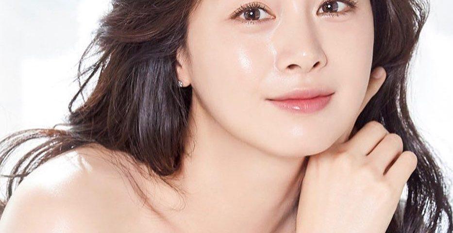 Kim Tae hee his 933x480