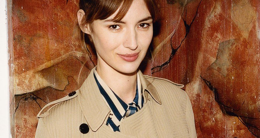 Louise Bourgoin ag 899x480