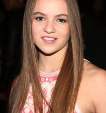 Morgan Saylor Actress