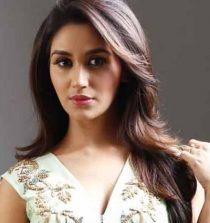 Nikita Dutta Actress