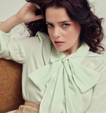 Roxane Mesquida Actress