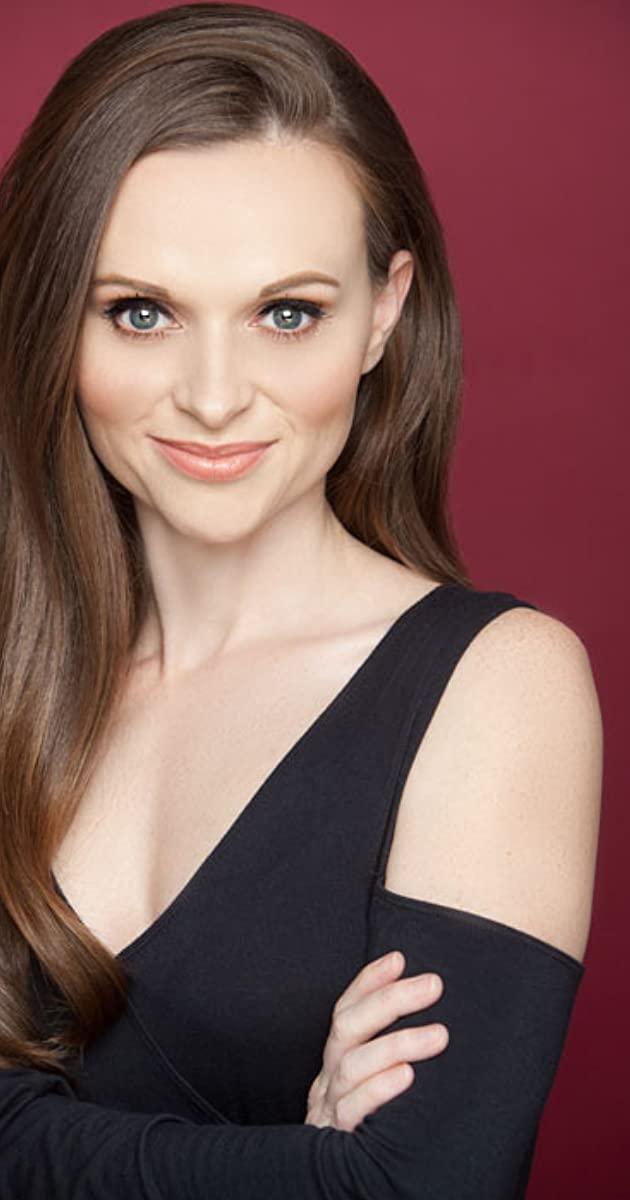 Sheé Dueitt American Actress