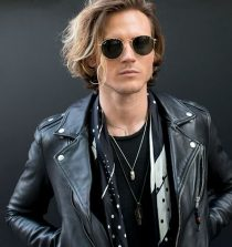 Dougie Poynter Actor, Model, Musician, Author
