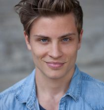 Jannik Schümann Actor