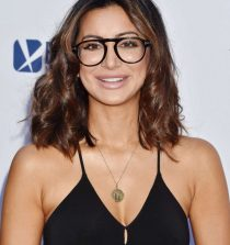 Noureen DeWulf Actress