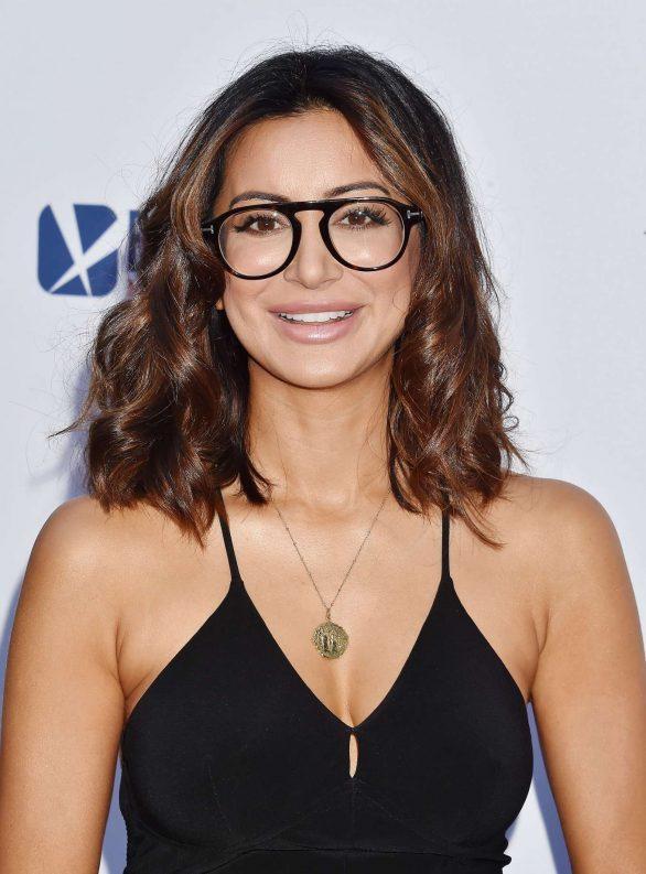 Noureen DeWulf American Actress