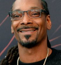 Snoop Dogg Rapper, Singer, Songwriter, Producer, Media Personality, Entrepreneur and Actor