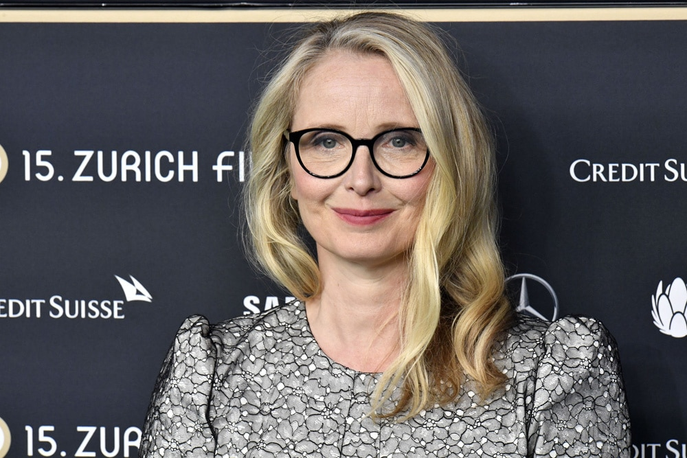 Sophie Thompson British Actress, Director, Screenwriter, Singer, Song writer