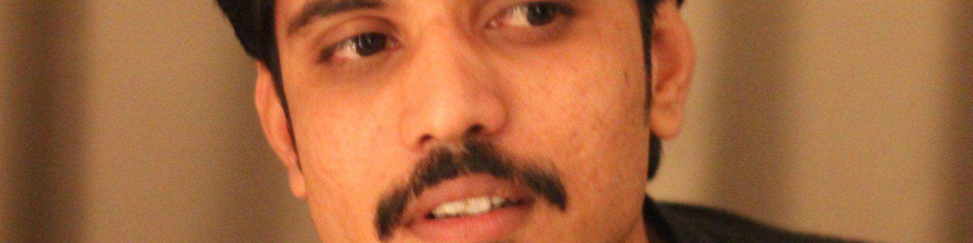 Aasif Khan bio 1920x480