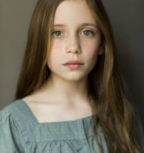 Dixie Egerickx Actress