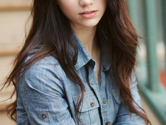 Emily Rudd age 640x480