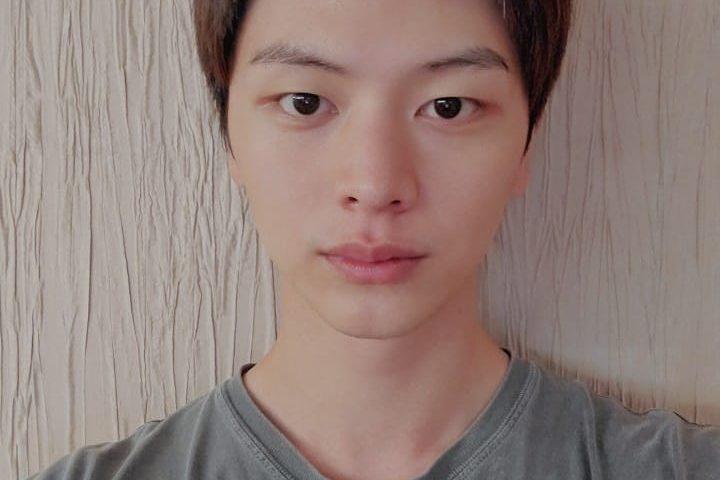 Yook Sung jae hrir 720x480
