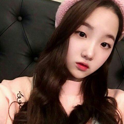 Kim Si hyeonage 480x480