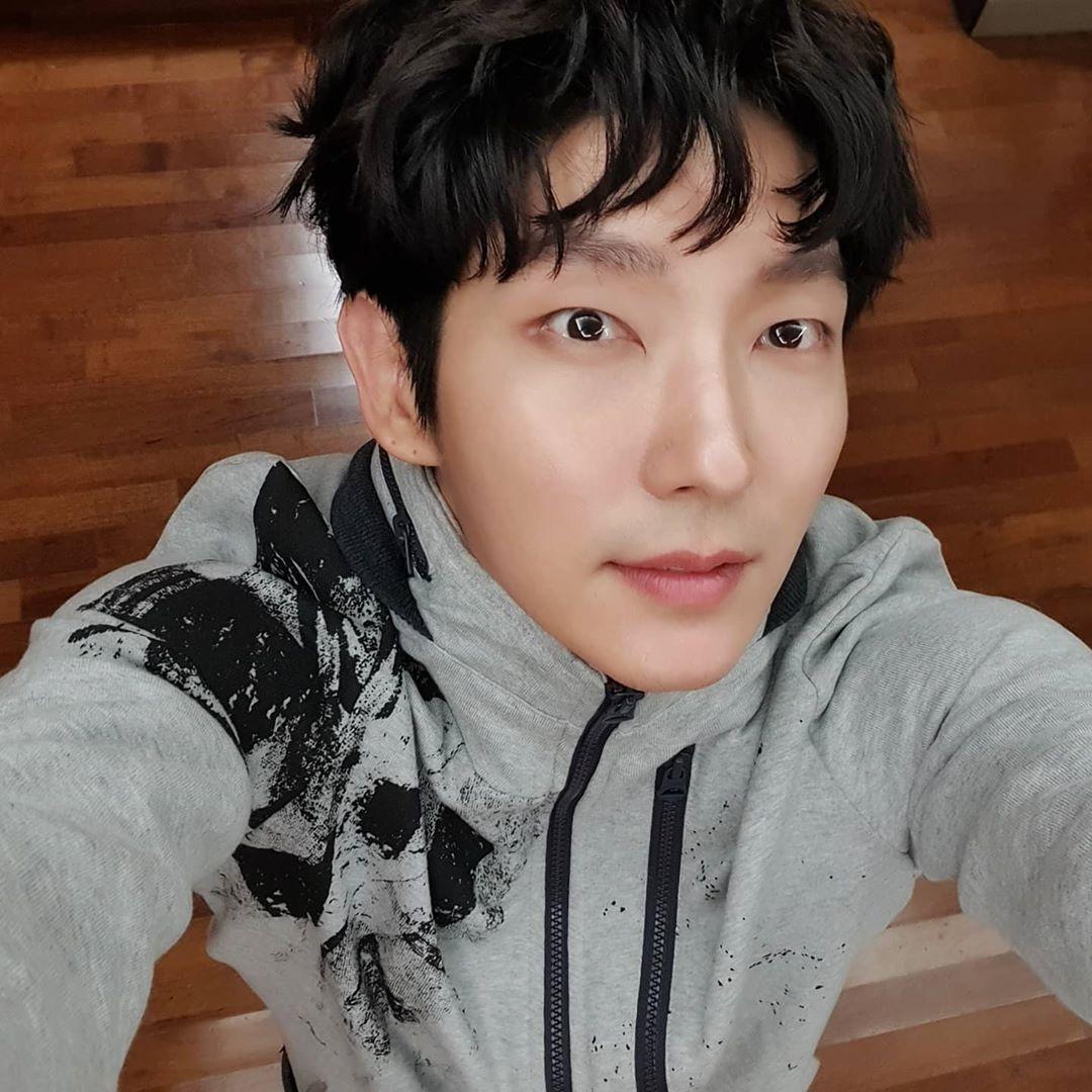 Lee Joon-gi South Korean Actor, Singer, Dancer, Model