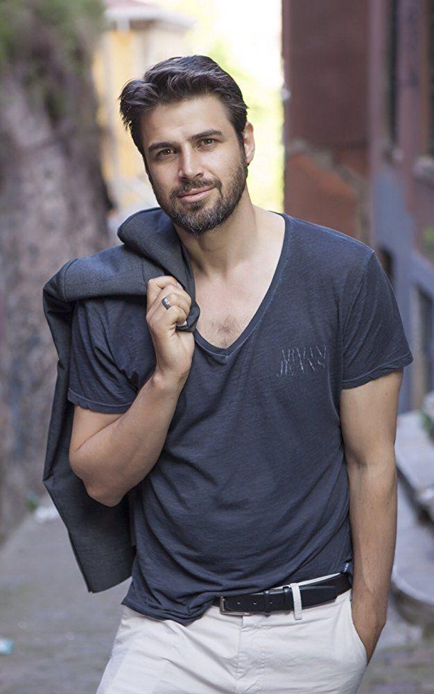 Reshad Strik Australian Actor