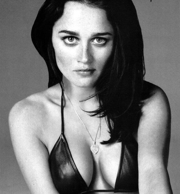 Robin Tunney American Actress