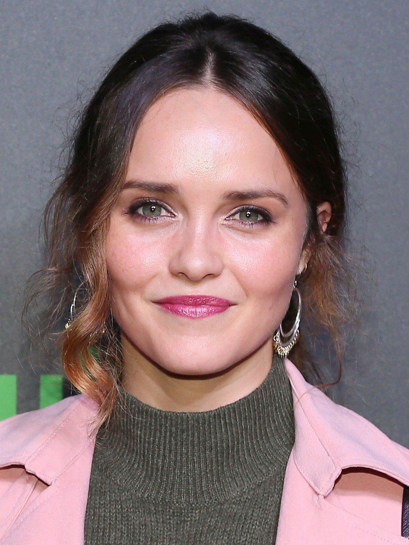 Rebecca Breeds Australian Actress