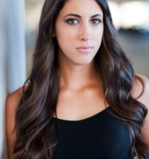 Caitlin Dechelle Actress