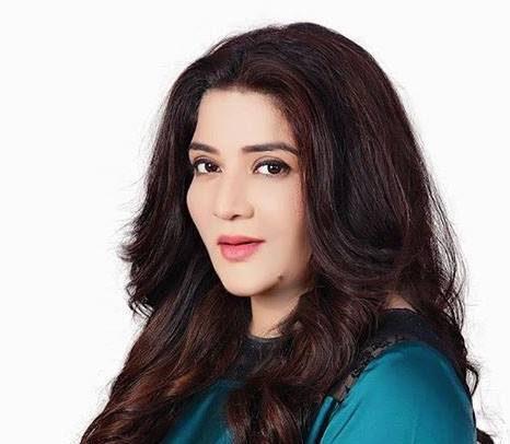 Farah Shah bio