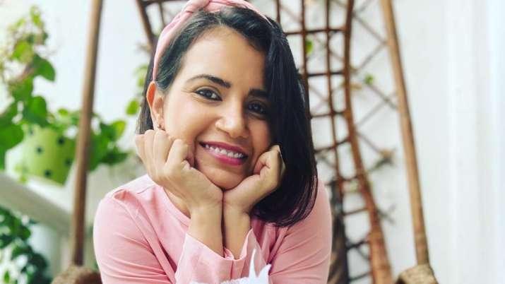 Priya Ahuja bio