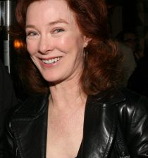 Valerie Mahaffey  Actress