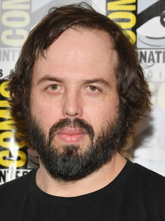 Angus Sampson body