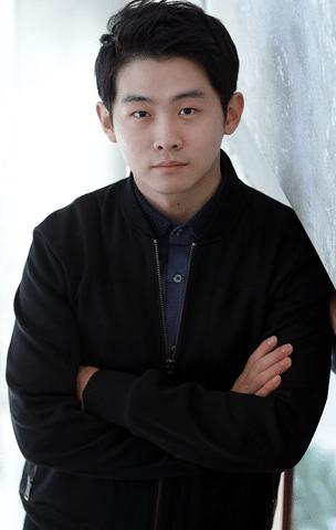 Chang hwan Kim age 304x480