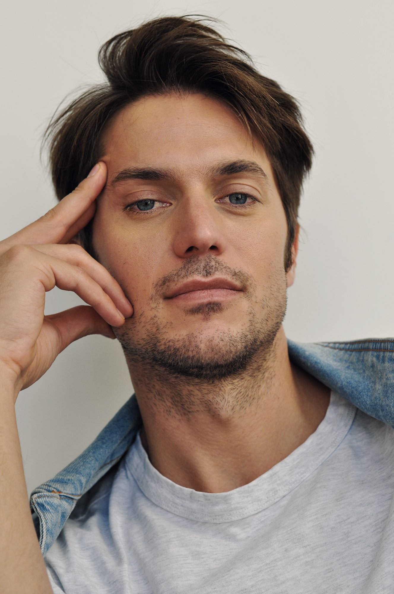 Lucas Bravo French Actor