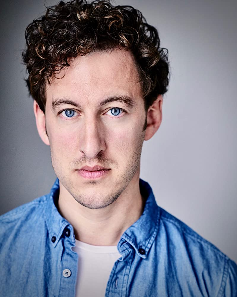 Oliver Powell British Actor