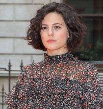 Phoebe Fox Actress