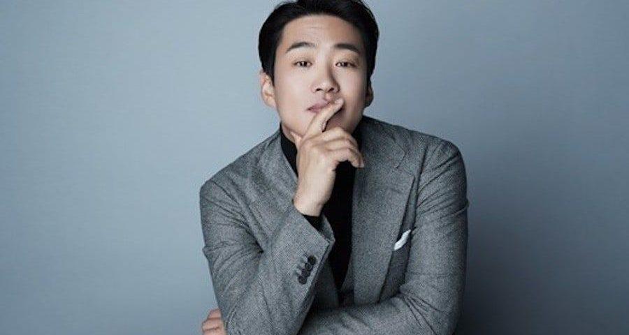 Ahn Jae hong height 900x480