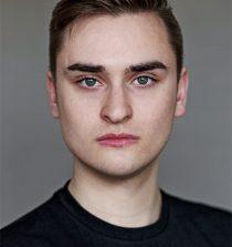 Dean Quinn Actor