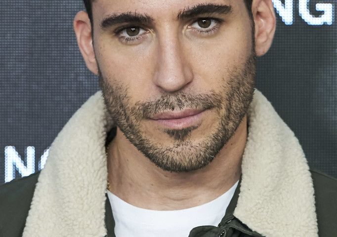 Miguel Ángel Silvestre height 682x480