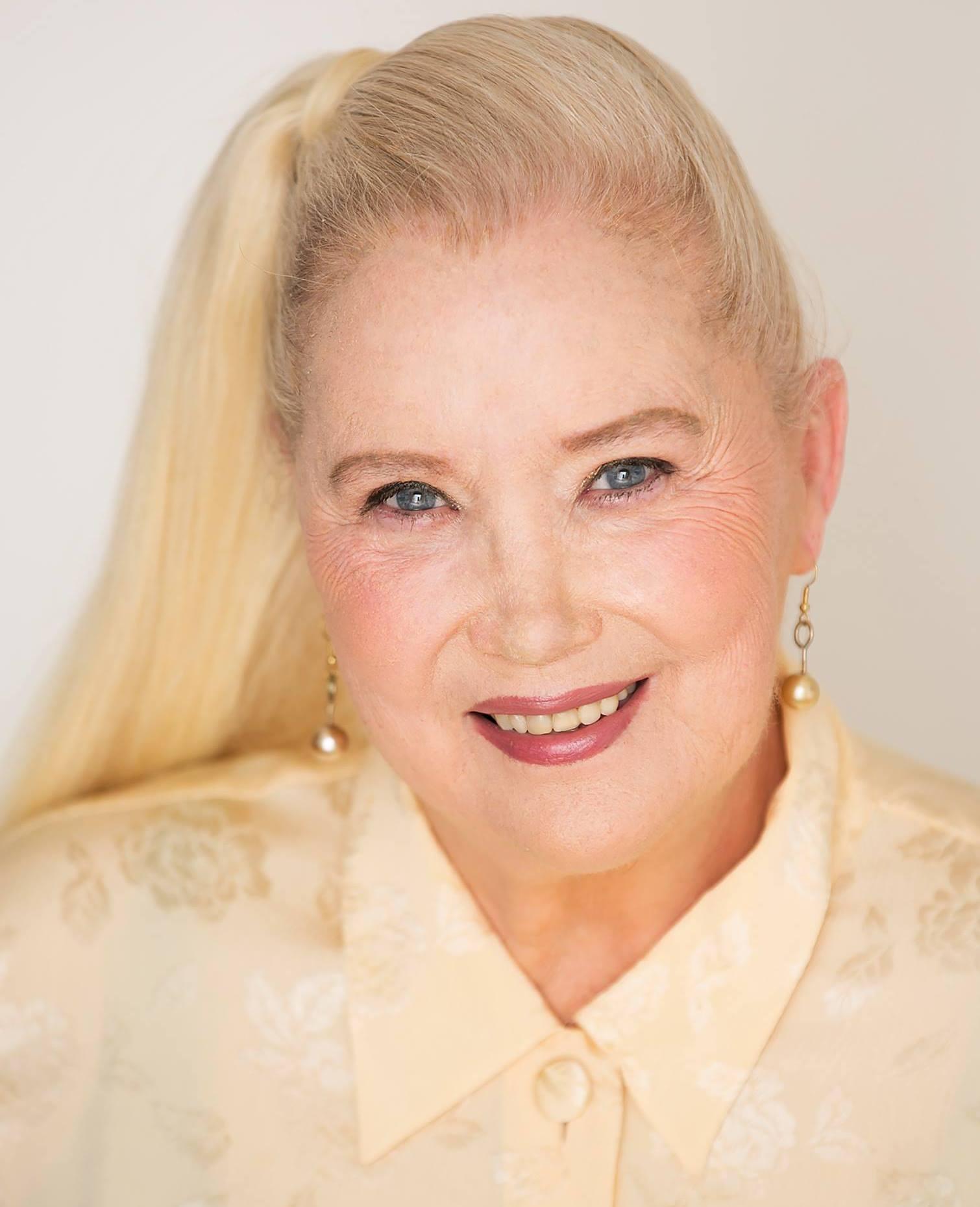 Sally Kirkland American Actress