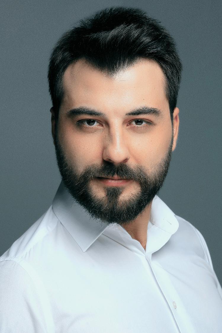 Yagiz Aydogan Turkish Actor