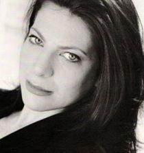 Dina Pearlman Actress