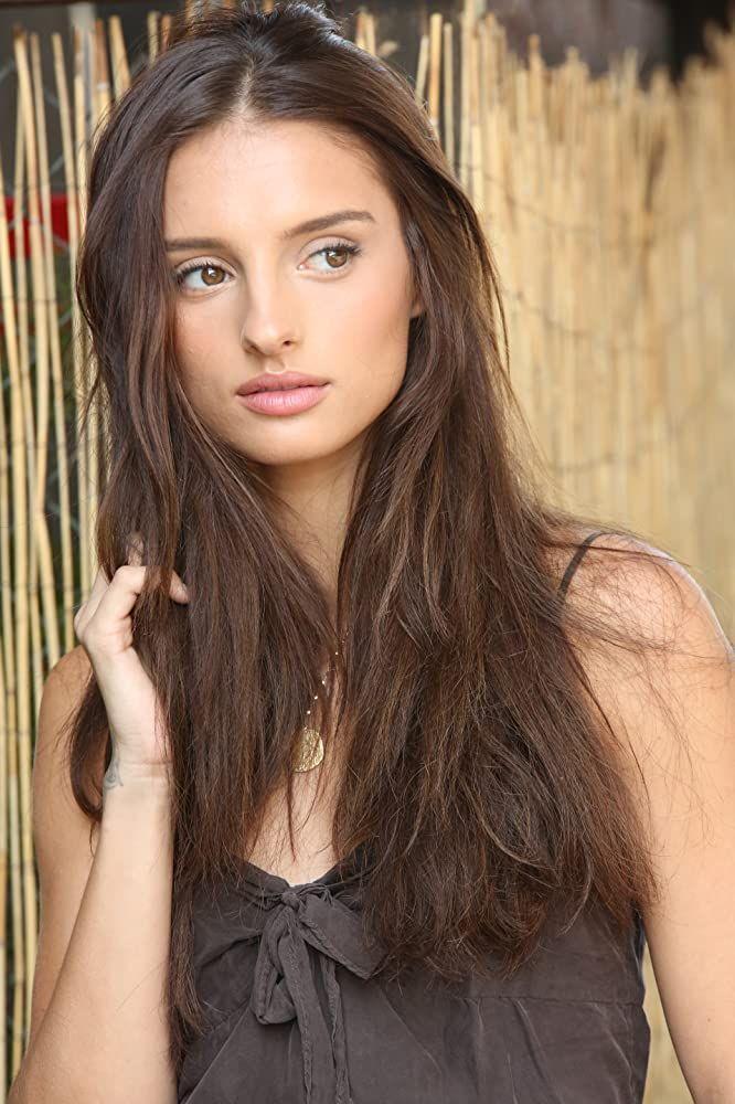 Aitana Rinab Perez American Actress