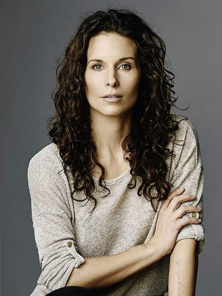 Holly Elissa Canadian Actress
