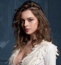 Melis Sezen Actress