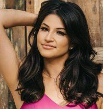 Richa Moorjani Actress