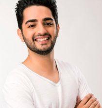 Parzaan Dastur Actor
