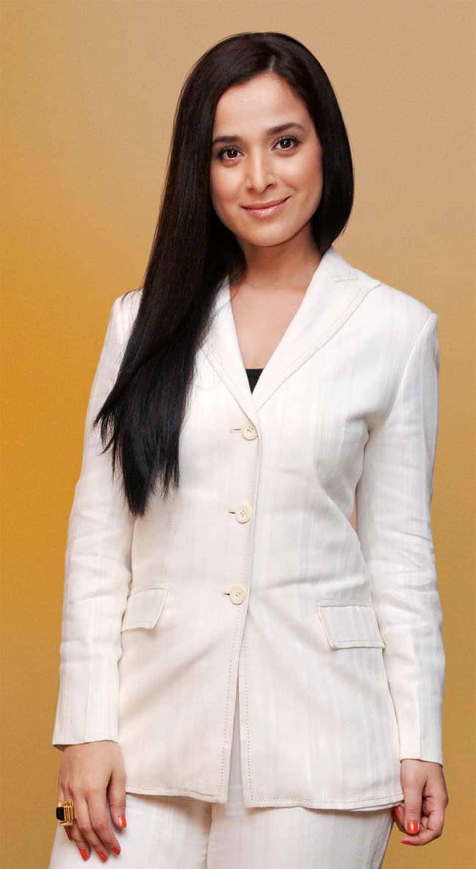 Simone Singh Indian Actress