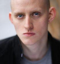 Lorn Macdonald Actor