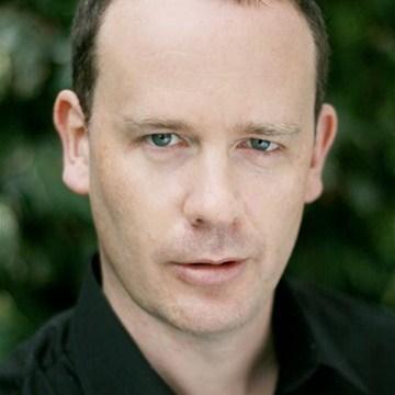 Simon Ludders British Actor